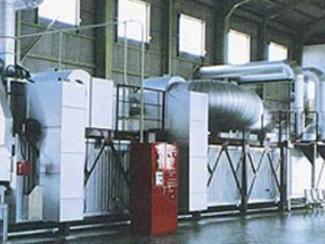 [表面処理部門] ダクロクイズド表面処理は、欧米諸国を始め、日本など世界各国で特許を得た防鏡システムです。従来の表面処理、電気亜鉛メッキなどの常識を超えた防鏡技術であるタラロクイズド処理は、金属亜鉛を3価クロムで結合し高い耐蝕性を有する銀白色の被膜を形成し、特にその処理工程では、公害の恐れがなく、優れた特徴とともに、時代の要求に応えた新技術といえます。