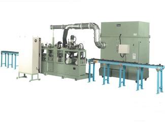 集塵機も得意 野水機械製作所は、研磨作業で発生した粉塵を捕集する集塵機にも力を入れています。研磨作業で発生する粉塵捕集に適したプレダスター付き集塵機、および火花の発生する研磨作業や爆燃性粉塵の捕集に対応する湿式集塵機も製作しています。
