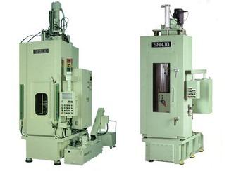 工作機や金型技術 ブローチ盤も三條機械製作所の製品です。そして、様々な部品や部材をつくるダイカストの金型も製造しているからこそ、機械の信頼性も向上するのです。