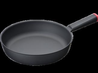 """軽量鋳鉄製調理器 知る人ぞ知る""""UNILLOY""""鋳物ホーロー鍋や鋳鉄フライパンは三条特殊鋳工所の製品です。見た目は勿論ですが、手に持った時、そのビックリするほどの軽さで大ヒット商品となりました。"""